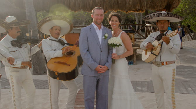 Sara and Court Hoffman on their wedding day in Mexico, just days after her heart attack. (Photo courtesy of Sara Hoffman)