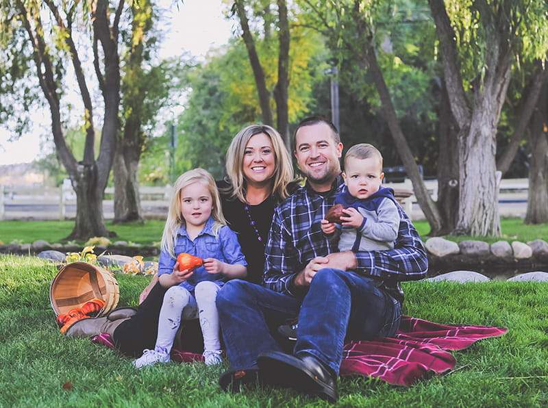 Breanna Alosi with her husband and children. From left: Makenna, Breanna, Jason and Hunter Alosi. (Photo by Hope Louise Photography)