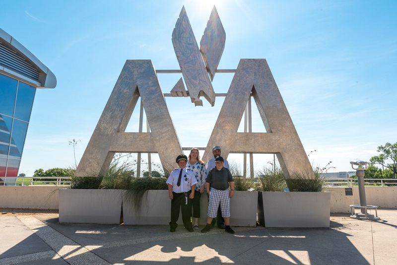 Easton Fryer's family visited American Airlines headquarters in July 2019. (Photo courtesy of Envoy Airlines)